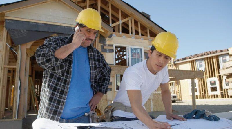 Kolejne etapy budowania domu jednorodzinnego